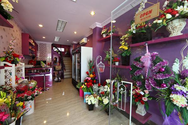 Contoh Bunga Meja 1